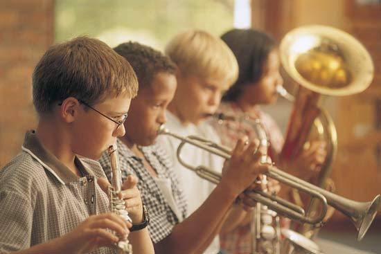 La música tiende puentes entre los dos hemisferios del cerebro infantil